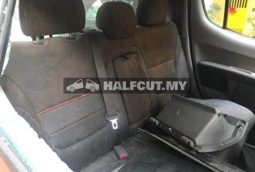 MITSUBSHI TRITON VGT AUTO 4WD 5SPEED HALF CUT AND REAR CUT