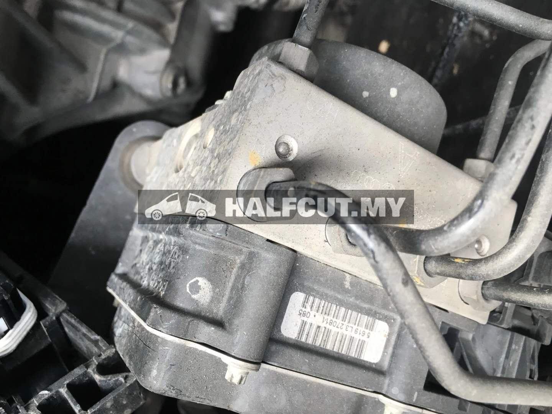 VOLKWASGEN POLO SEDAN 1.6CC AUTO (CLS) FRONT CUT AND REAR CUT