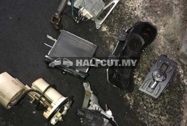 TOYOTA ALTIS 142 BODY PARTS & SMALL PARTS/REAR AXLE & ABS PUMP