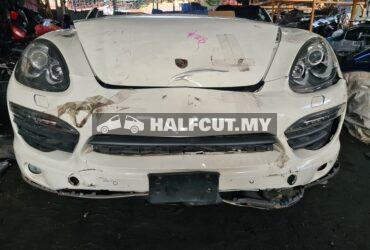 Porsche Cayenne 958 hybrid halfcut CKD