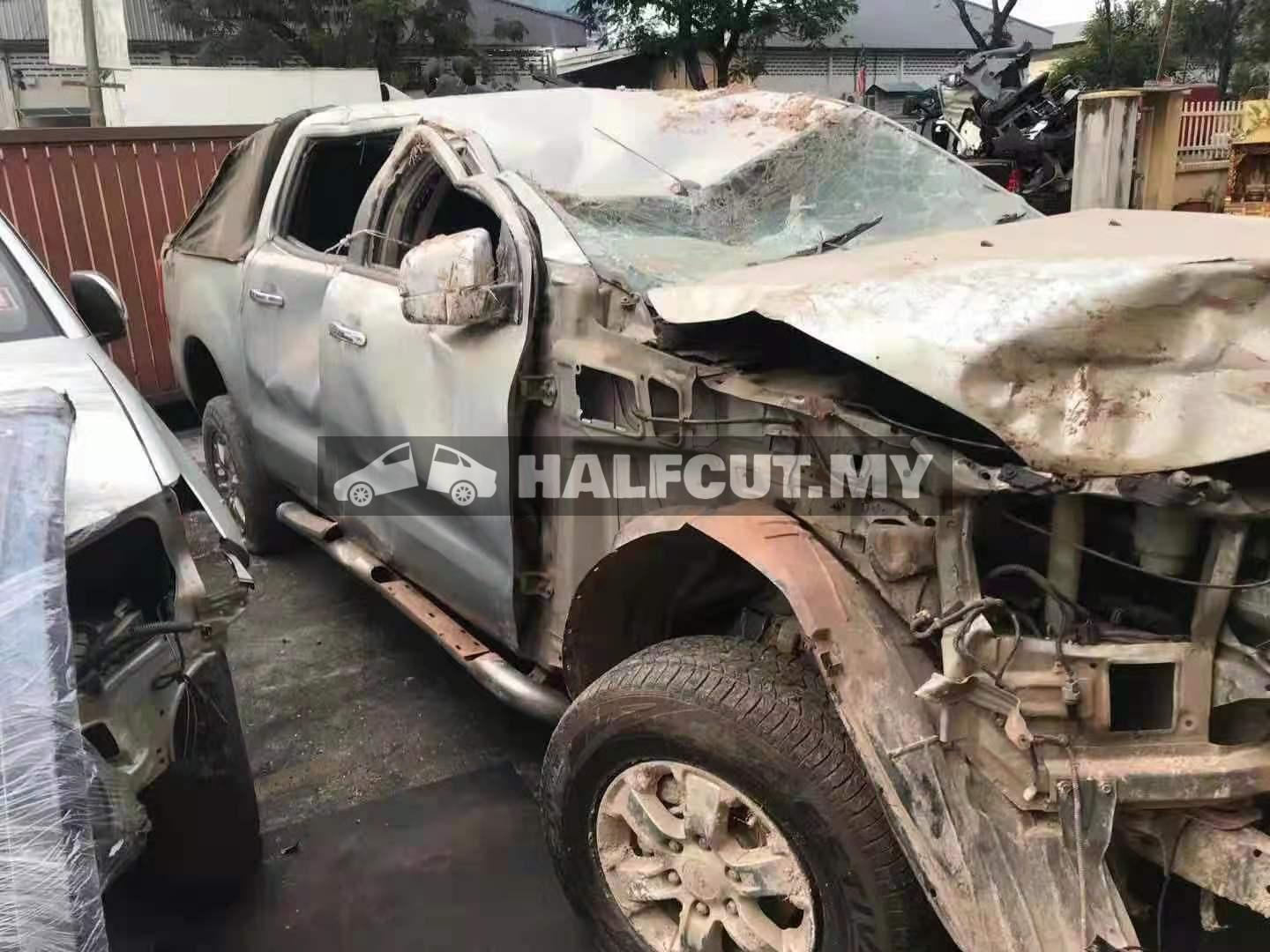 FORD RANGER T6 2.2CC AUTO 6SPEED 4WD FRONT CUT AND REAR CUT