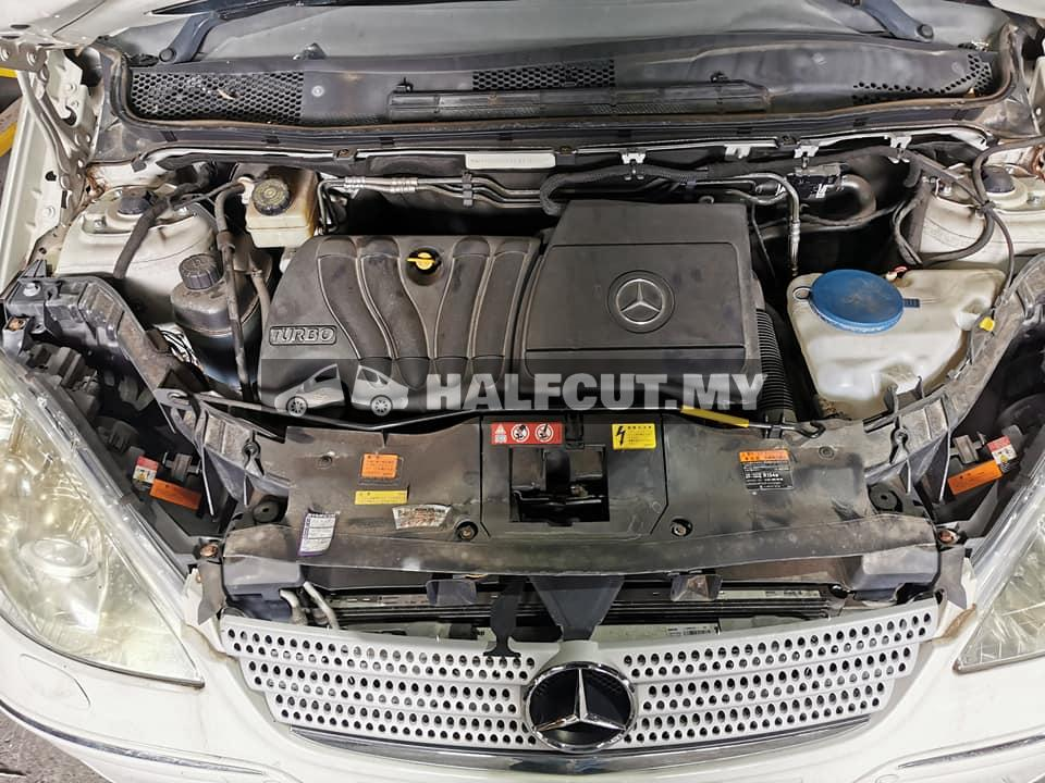 Mercedes Benz A class w169 2.0  turbo half cut