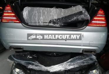 Mercedes Benz w221 350 facelift half cut